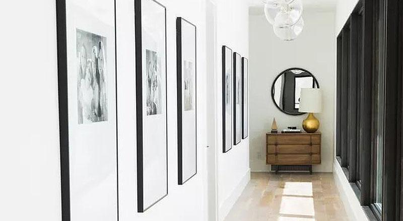 Consejos para reformar un pasillo oscuro de tu hogar