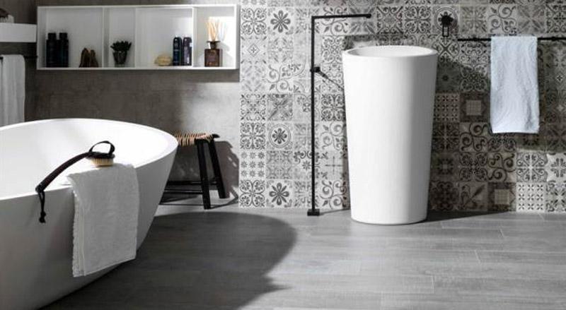 Consigue una restauración del suelo del baño sin obras con los pavimentos vinílicos