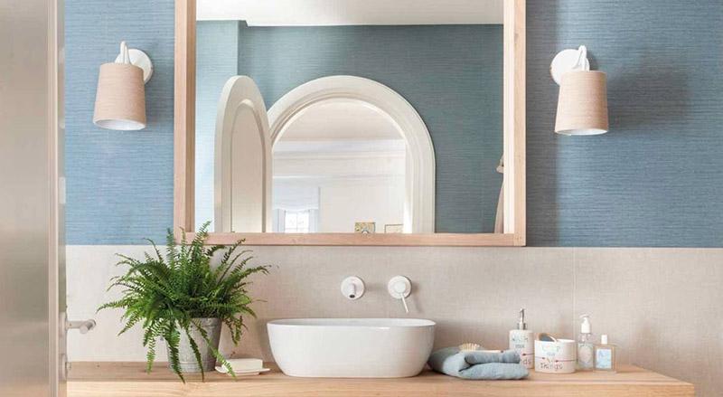 Moderniza las paredes de tu baño sin necesidad de usar azulejos